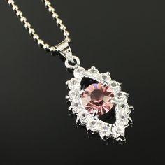 Rose collier pendentif en diamant