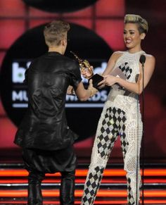 miley cyrus and justin bieber