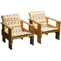 """Pair of Early Rietveld Cassina Crate Chairs with Original """"de Stijl"""" Cushions 
