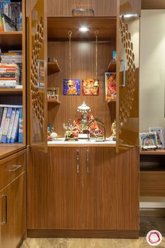 Your dream home does not need to be complicated! Check out this home at Ardee City in Gurgaon that is clutter-free and easy-to-maintain. Kitchen Room Design, Home Room Design, Home Interior Design, House Design, Temple Design For Home, Wooden Temple For Home, Study Table Designs, India Home Decor, Mandir Design