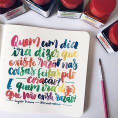 Dia 2 - #30diasdehandlettering  #amorderabisco #legiaourbana #legiao #razao #coração #eduardoemonica #handmade #handlettering #lettering #watercolor #aquarela #sketchbook #portoalegre #frase #music #musica #art #arcoiris Eduardo E Monica, Faith Hope Love, Banners, Lettering, Inspiration, Art, Words, Bubble Gum, Scribble