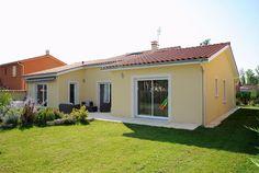 Construction maison 69 Villefranche Sur Saône, Terrain Constructible, House Roof Design, House Colors, Construction, Shed, Exterior, Outdoor Structures, Colours