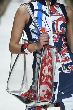 Elegant, Gym Bag, Fashion Show, Spring Summer, Bags, Fashion Styles, Classy, Handbags, Chic