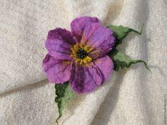 Купить Брошь цветок - брошь цветок, брошь, брошь ручной работы, брошь из войлока
