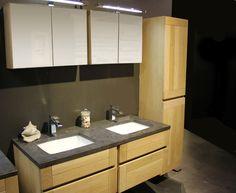 -  2 x lavabokast afm. 680 x 565 x 642 mm -  kolomkast afm. 433 x 360 x 1800 mm -  blauwsteentablet met 2 lavabo s afm. 690 x 570 x 200 mm -  2 x spiegelkast afm. 685 x 491 x 168 mm -  opties: kranen en verlichting -  ook beschikbaar in enkele uitvoering