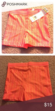 Under Armour Compression Work-out Shorts NWT. Very comfortable, doesn't ride up or roll down while you working out. Add to your budle for a discounts and deals. Under Armour Shorts