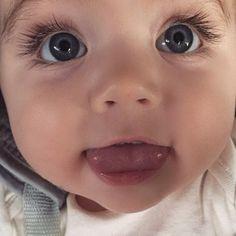 baby, cute, and eyes afbeelding Cute Little Baby, Baby Kind, Cute Baby Girl, Little Babies, Baby Love, Cute Babies, Precious Children, Beautiful Children, Beautiful Babies