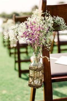 rustic baby breath wedding flower decor / http://www.deerpearlflowers.com/rustic-budget-friendly-gypsophila-babys-breath-wedding-ideas/4/