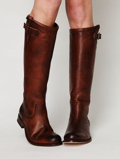 to select the right tall boots for you?How to select the right tall boots for you? How to select the right tall boots for you? Tan Leather-Look Ring Buckle Knee High Boots New Look FRYE Boots Frye Shoes Crazy Shoes, Me Too Shoes, Boot Over The Knee, Look Fashion, Womens Fashion, Boating Outfit, Frye Boots, Women's Boots, Tall Boots