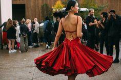 Flâner — lacetulle: Paris Street Style