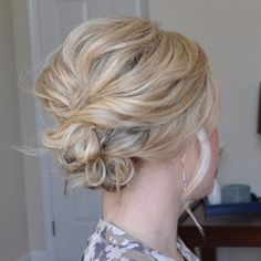 Low and messy updos are the hottest trend in weddings at the moment, and here you have some fab tutorials (pic via The Small Things Blog).