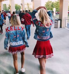 C H A R Cheerleading Poses, Cheer Poses, Bff Goals, Best Friend Goals, Cheer Team Pictures, College Uniform, Miss Girl, Varsity Sweater, Yoga For Kids