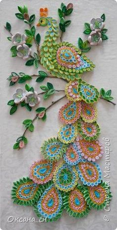 Guide to quilling paper flowers - Crochet Quilling Ideas Peacock Quilling, Diy Quilling, Paper Quilling Flowers, Quilling Work, Paper Quilling Patterns, Origami And Quilling, Quilled Paper Art, Quilling Paper Craft, Fleurs Diy