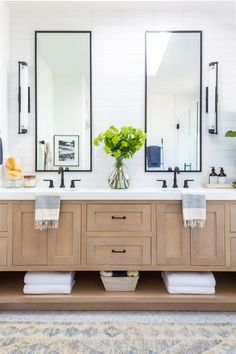 Modern Bathroom Fixtures can be used in any space when you use Delta Faucet Trinsic collection, come see it in my new master bathroom transformation! Bad Inspiration, Bathroom Inspiration, White Bathroom, Small Bathroom, Bathroom Ideas, Bathroom Spa, Bathroom Organization, Bathrooms Suites, Colorful Bathroom