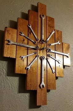 DIY Uhr Ideen nach H… unique wall clock designs ideas; DIY clock ideas home … Related posts: DIY Furniture Hacks Unique Wall Clocks, Wood Clocks, Kids Clocks, Handmade Home, Handmade Wooden, Woodworking Projects Diy, Diy Wood Projects, Kids Woodworking, Woodworking Basics