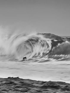 Surfing photography.