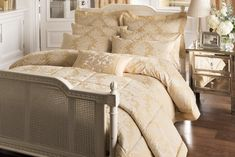 """""""Blenheim"""" (gold) by 'Dorma' approx. 65% off !!!"""