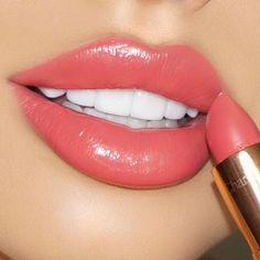 Charlotte Tilbury Lipstick (Coachella Coral) GLOWOFELEGANCE.COM Twitter: GlowofElegance Instagram: GlowofElegance Pinterest: GlowingElegance
