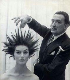 Dali's hair salon