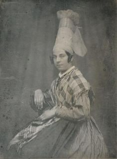 coiffe & costume from Argentan, Normandy - photo 1846