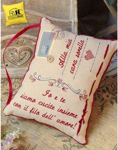 62bb6a9b55 Cuscini con Dedica · Cuscino con dedica Sorella