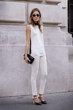 A calça jeans branca é um item básico que vem sendo bastante usado pelas…