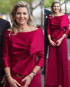 King Willem-Alexander and Queen Maxima attended the Liberation Day concert held in Amsterdam as part of National Liberation Day … Royal Families Of Europe, Estilo Lolita, Estilo Fashion, Proposal Ideas, Proposal Quotes, Proposal Letter, Queen Maxima, Royal Fashion, New Outfits