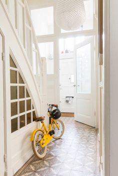 Tegelvloer | Tiles | Special 'aan de muur' | Fotografie Hans Mossel | Styling Sabine Burkunk
