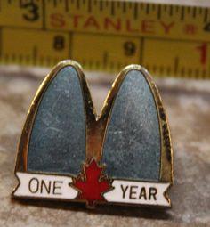 McDonalds One Year Canada Service Award Collectible Pinback Pin Button #McDonalds