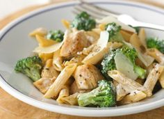Healthy dinner: chicken and broccoli-parmesan pasta