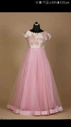 Long Dress Design, Stylish Dress Designs, Indian Gowns Dresses, Indian Fashion Dresses, Long Gown Dress, Saree Dress, Designer Anarkali Dresses, Designer Dresses, Gown Party Wear