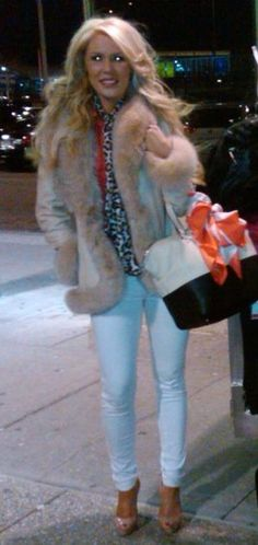 Gretchen Rossi - I LOVE her outfit