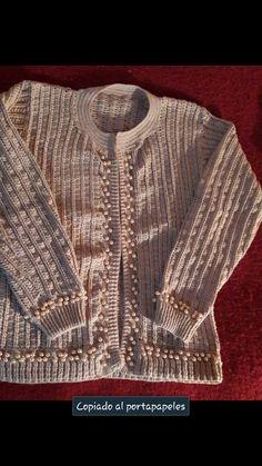 Suéter para mujer tejido en crochet.