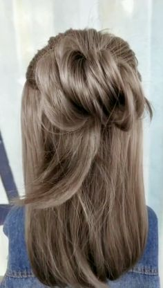 How about this hairstyle? Try it on the weekend.