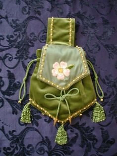 The Pouch C. 1000 - 1533 Pale Green Velvet Pouch with Green Silk Flap, embroidered with a Dog Rose in Silks, surrounded with a fine edge of Gold. Medieval Costume, Medieval Dress, Medieval Clothing, Historical Clothing, Gypsy Clothing, Green Silk, Green Velvet, Renaissance Garb, Belt Pouch