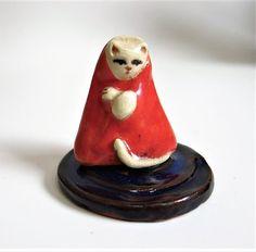 Little Red Jizo Kitty Cat Porcelain Tiny Collectible Miniature Ceramic Folk Art Kitten Figurine