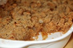 An apple crisp without oats, with a streusel topping that's easy and quick to prepare and full of flavors from brown sugar and cinnamon.