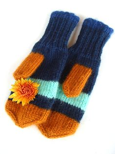 Cozy mittens winter gloves gift for her winter by RainbowMittens,