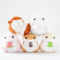 Coroham Coron is a new character line from Amuse, the same company that makes the world-famous Alpacasso series, that is filled with round fluffy hamsters. The second set in the Coroham Coron series, each of these plump hamsters is holding the one thing it loves most. Purin is holding a clover, Coron is holding a sunflower seed, and Momo-chan is holding a strawberry. As if that wasn't enough cute,...