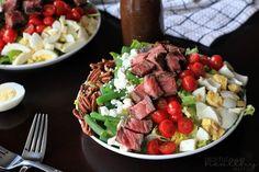 Ribeye Steak Salad with Balsamic Vinaigrette {Salad Recipes}