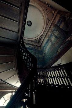 Stairway of Many Endings