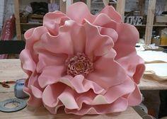 Дизайнерский цветок розовый