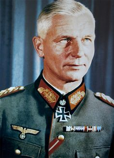 ✠ Kurt von Tippelskirch (9 October 1891 – 10 May 1957) RK 23.11.1941 Generalleutnant Kdr 30. Inf.Div 30.07.1944 [539. EL] General der Infanterie stellv OB 4. Armee