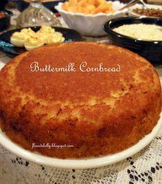 Southern Cornbread Recipe, Best Cornbread Recipe, Buttermilk Cornbread, Homemade Cornbread, Buttermilk Recipes, Fried Cornbread, Cornbread Cake, Cornbread Casserole, Sweet Cornbread