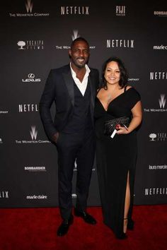 Biggest celebrity breakups of 2016:     Idris Elba was with girlfriend Naiyana Garth for nearly three years before they split in February. Idris began dating the makeup artist during the summer of 2013, and a year later, they welcomed son Winston Elba.