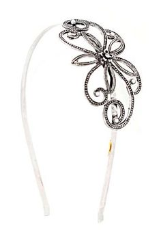 Add a sweet feminine touch with this trendy metal fashion head band.
