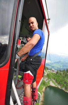 134m Bungy Jump off a cable car between two mountains. Easy.
