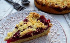 """Ihr bekommt Besuch und wollt noch schnell einen einfachen und leckeren Kuchen backen? Oma Else kann sich nicht vorstellen, dass veganer Kuchen genauso gut schmeckt wie """"normaler""""? Oder …"""
