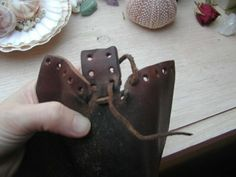 Early period shoes - tutorial part 2