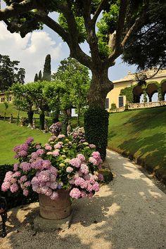 Villa del Balbianello, Lenno, Como by FAI - Fondo Ambiente Italiano, via Flickr #JCrew #MyShoeStory